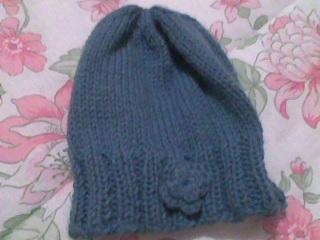 toca.trico.azul.com.flor.2